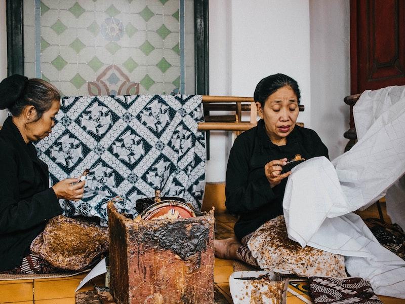 Cara Mencegah Jamur pada Batik