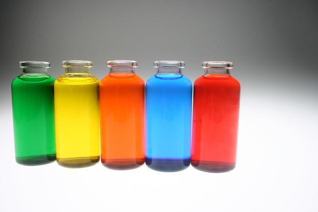 Cara Mudah Membersihkan Botol Kaca (1)