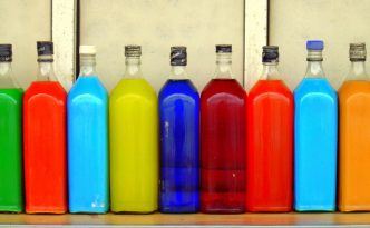 Ilustrasi Botol Kaca | Img:freeimages.com