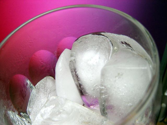 Ilustrasi Es | Img:freeimages.com